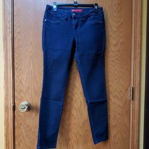 Elle skinny jeans